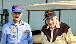 WWII Veterans visit hangar