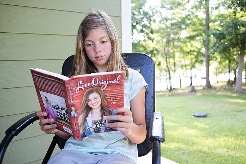 """Back to School with Sadie Robertson. Check out these awesome school supplies by Sadie of Duck Dynasty. Enter to win a $25 Certificate to Family Christian to buy your own adorable """"Live Original"""" school supplies."""