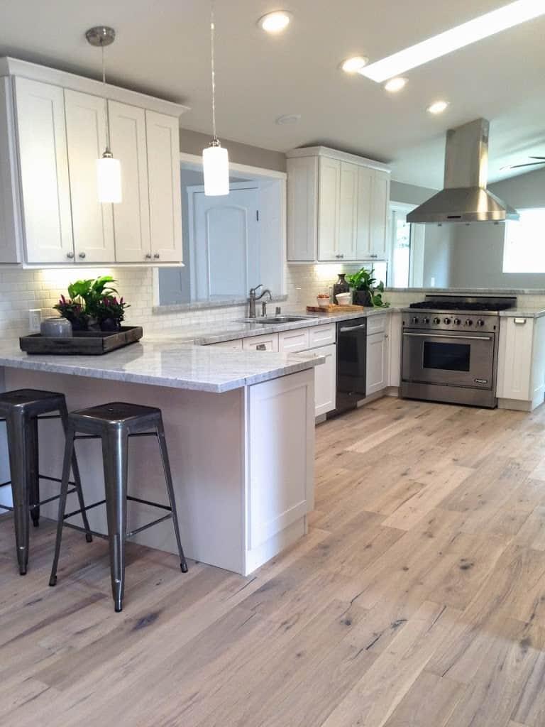 White Cabinets Light Wood Floors   Novocom.top