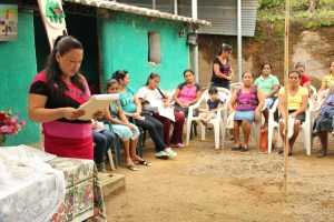 A Mothers' Group in Las Lomas. Photo Credit: Unbound