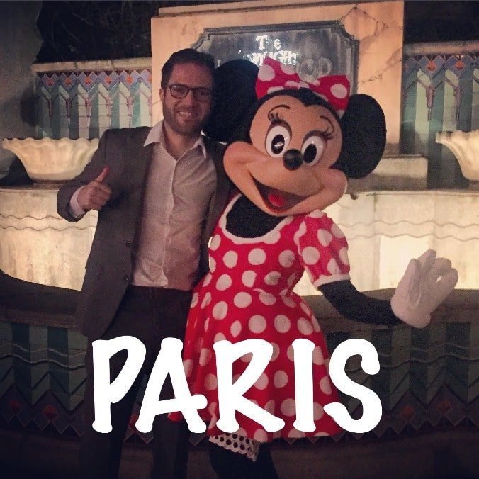 Meeting Minnie Mouse in Eurodisney