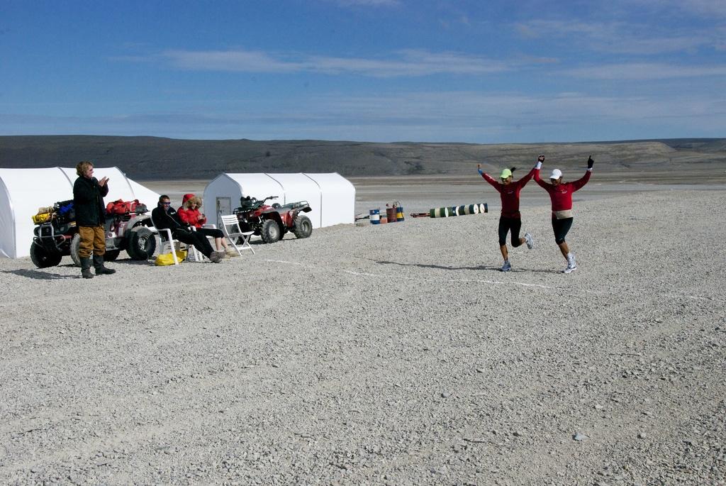 Runners finishing the Nunavut Marathon. Source: http://northwestpassage2011.blogspot.co.uk