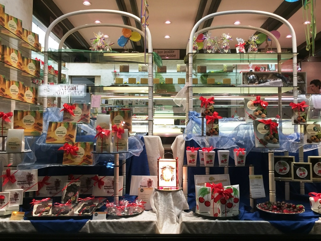 Café Schaefer window display