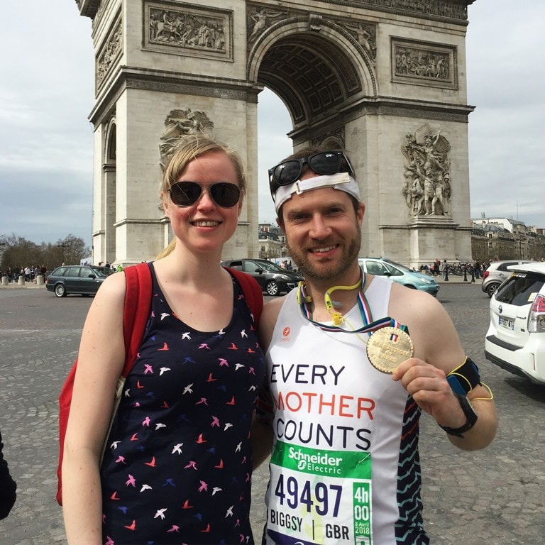 Paris Marathon tips - grabbing a Paris Marathon finish photo at the Arc de Triomphe