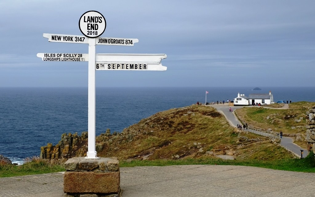 Walk from Sennen Cove to Land's End