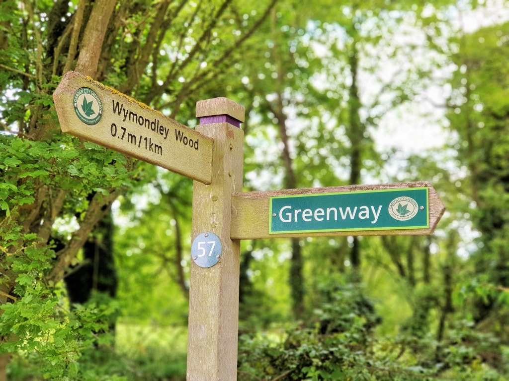 High-level signposting along The Greenway