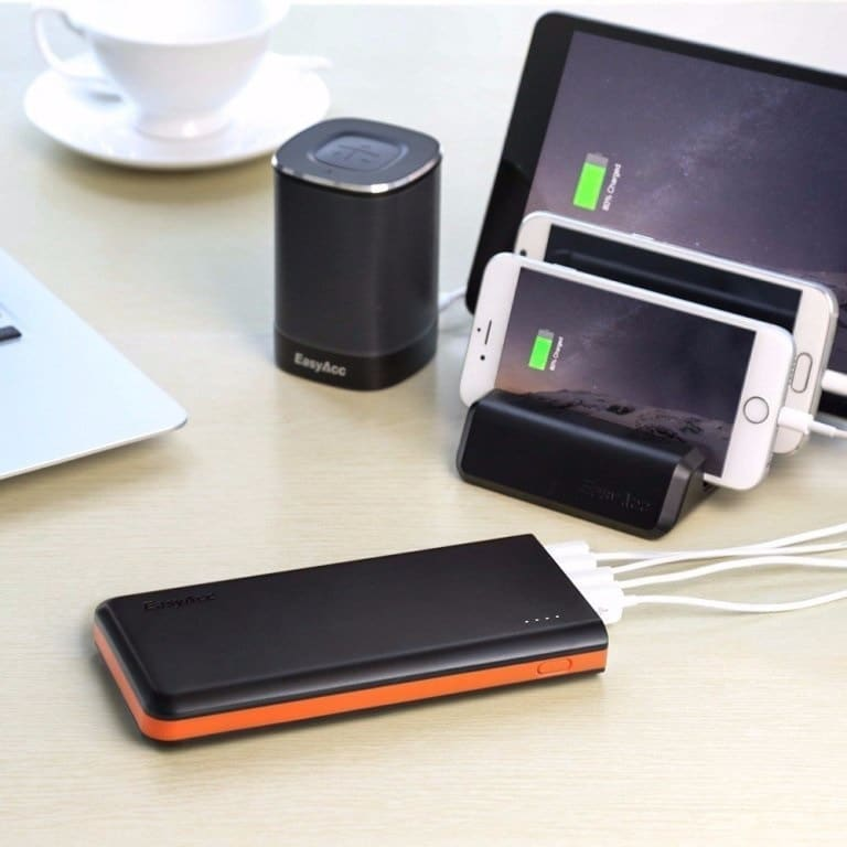 Easyacc 20000mah power bank charging devices