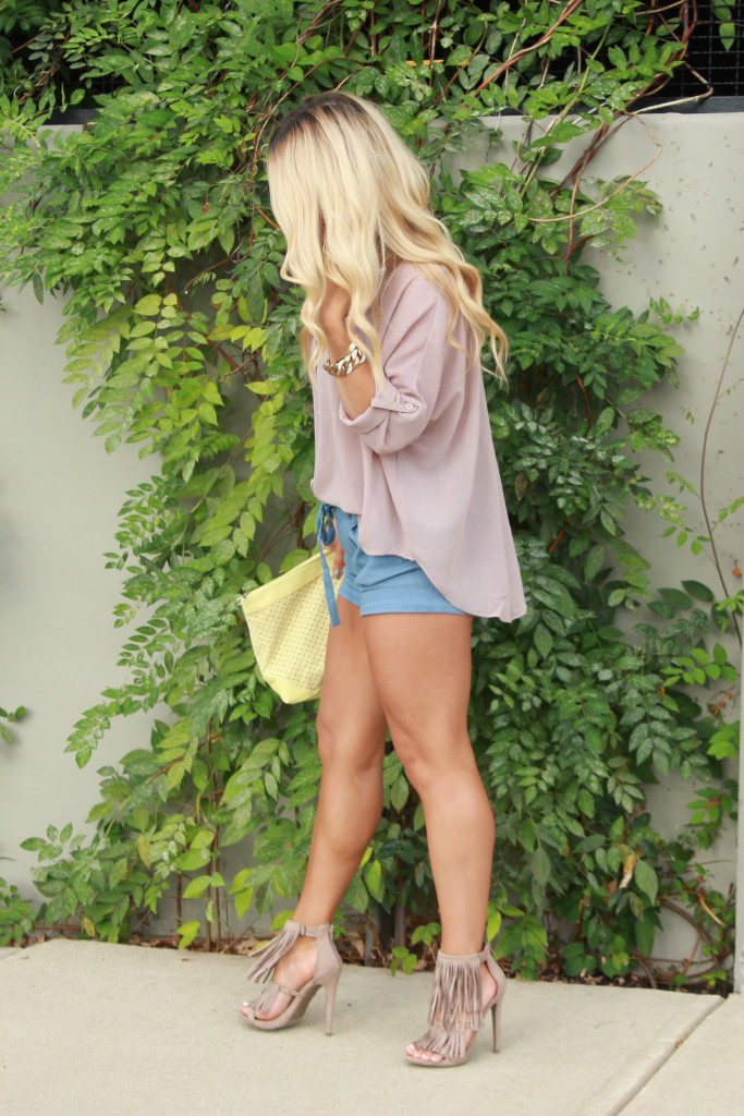 linen shorts, lucy couture boutique,  summer casual, fring heels, indystyle, indy blogger, style blogger