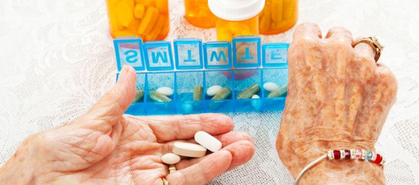 elderly-medication-management-tips