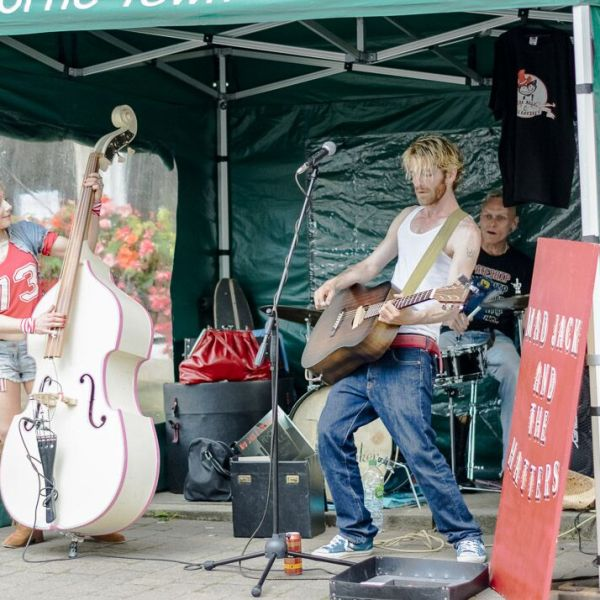 Call For Festival Buskers