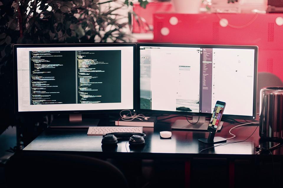 Jaki wybrać monitor do domowego PC?