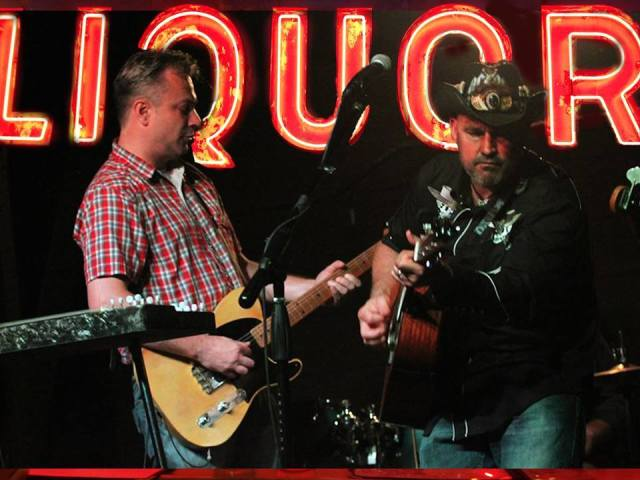 live music band - La Crosse, Onalaska, Holmen, Wisconsin country band