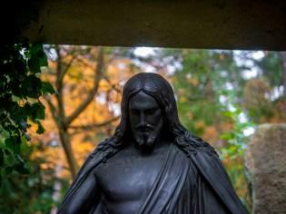 big jesus #südwestkirchhof copyright andreas reich 2013