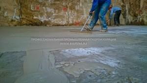 ЛАХТА эластичная гидроизоляция нанесение на бетон