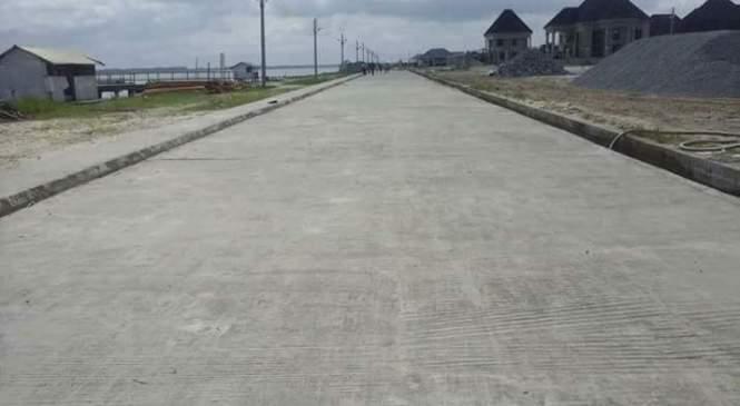 Okerenkoko Residents Laud Okowa, Otuaro, Contractor Over Road Project