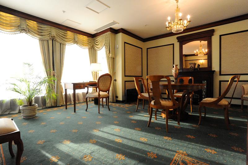 0169 Отель Эмеральд