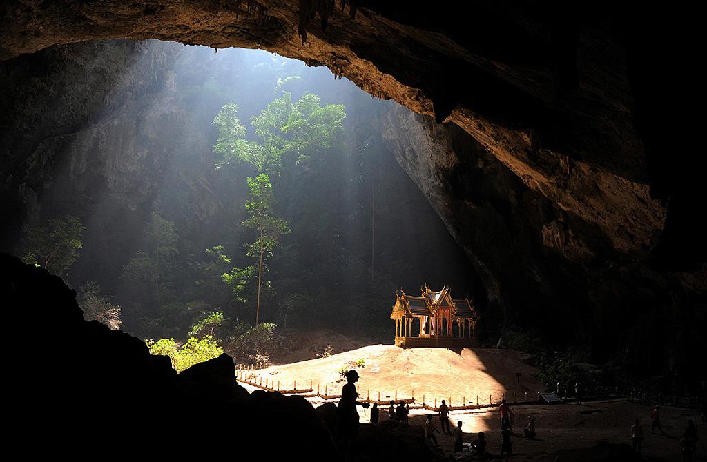 Пећина 20. октобар опчињавајућег слике пећина
