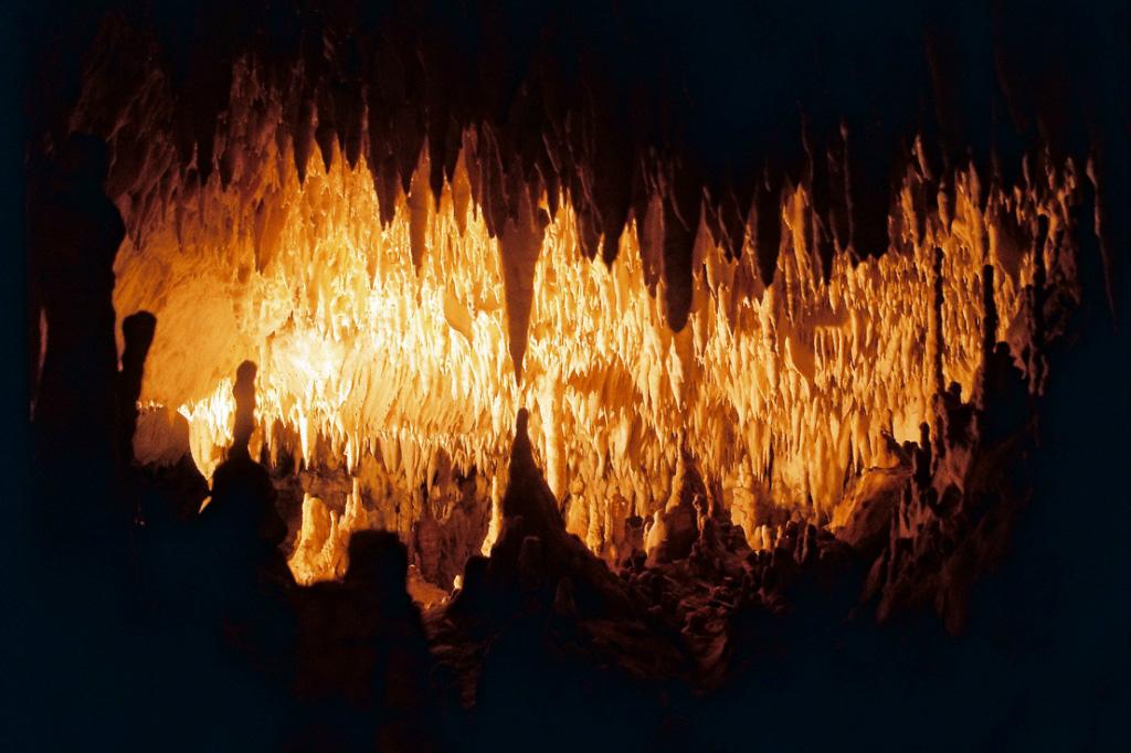 Пећина јула 20 опчињавајућег слике пећина