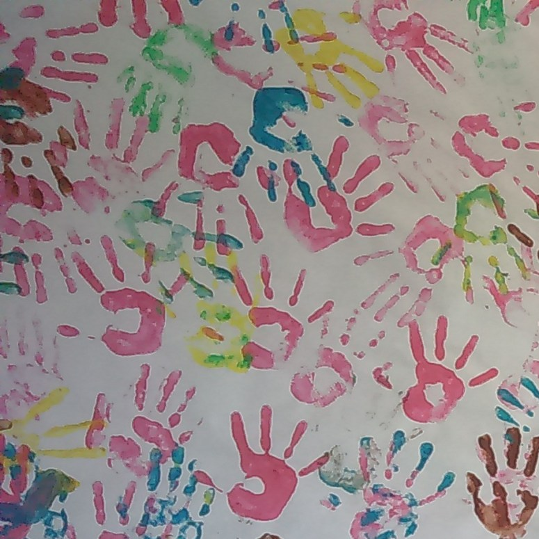 "<a href=""http://bigpicturefoundation.com/2017/05/16/zaatari-childrens-hands-for-hope"">LINK:  Za'atari Children's Hands for Hope</a>"