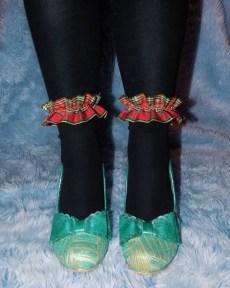 red-tartan-plaid-ankle-socks