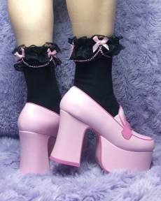 kawaii-desu-goth-lace-black-and-pink-chain-bows-y2k-pastel-ankle-socks