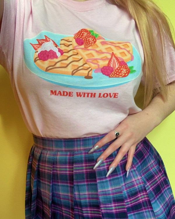 made-with-love-pastel-pink-kawaii-heart-waffles-tee