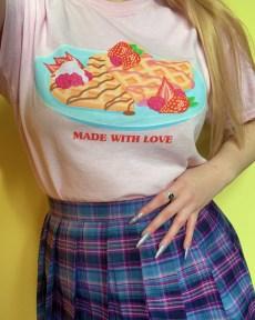 made-with-love-pastel-pink-kawaii-heart-waffles-tee