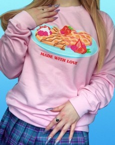 made-with-love-pastel-pink-kawaii-lovecore-cute-sweater-jumper
