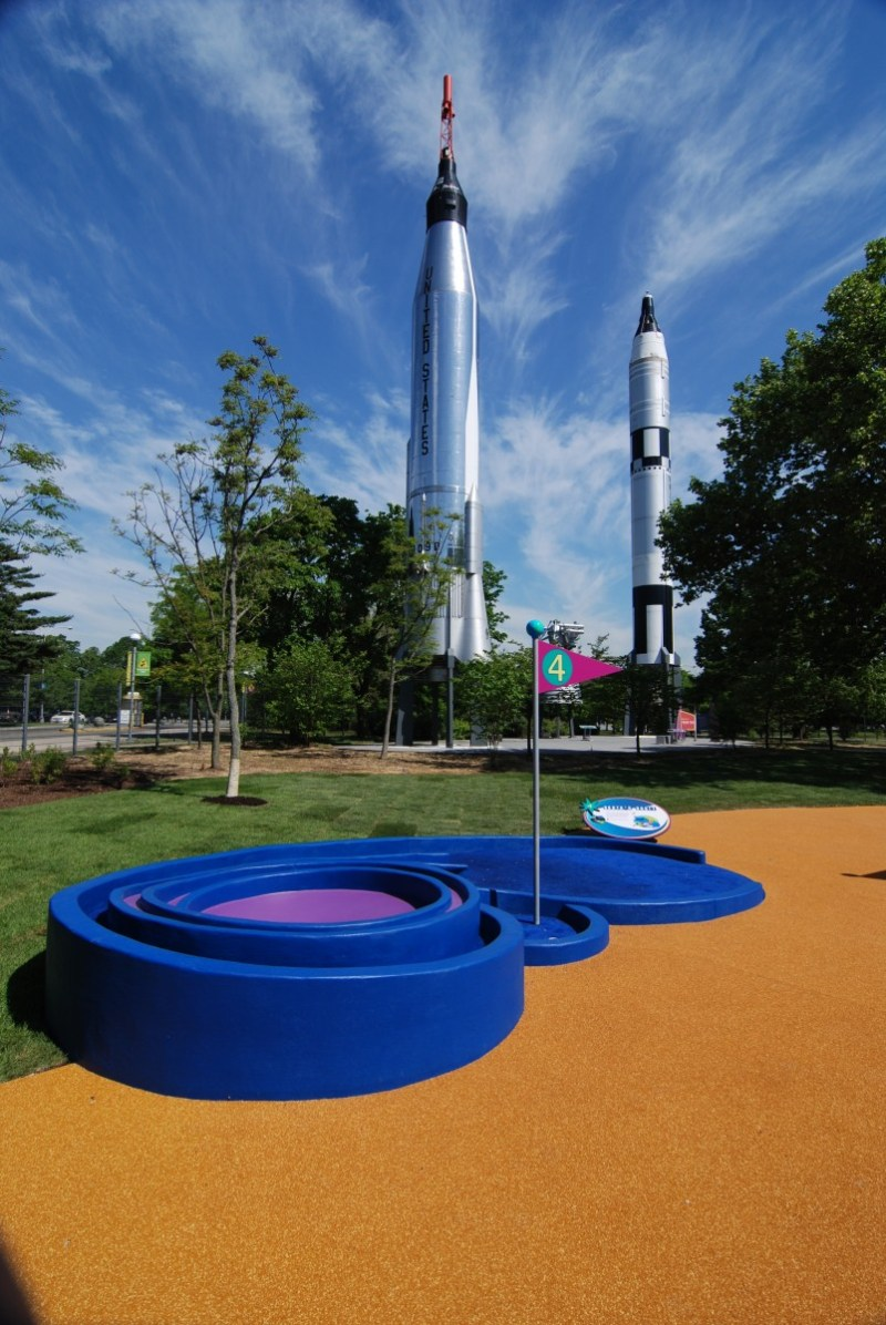 Rocket park hole 4 earth's orbit