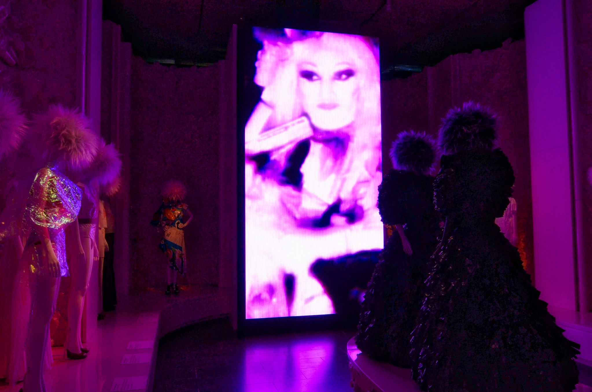 Met_Museum_Punk_Bricolage_LED_Wall_