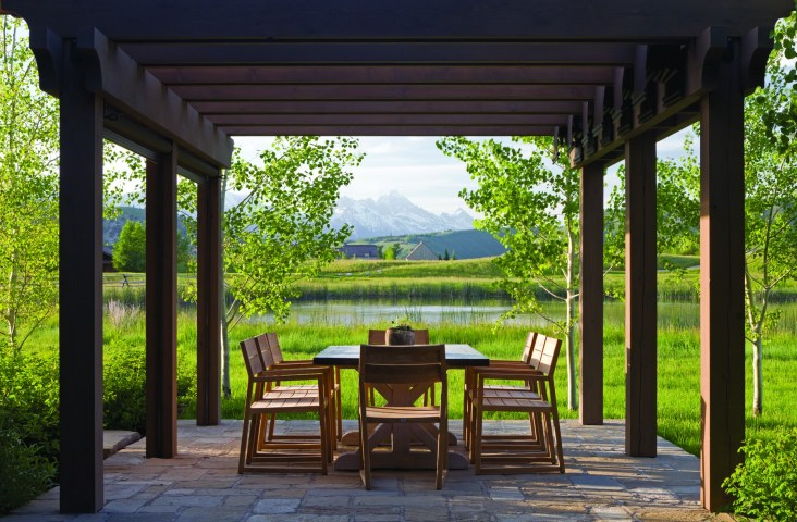 """""""[The homeowners] just really love simplicity,"""" Chambers says. """"And they're very outdoorsy. Outdoor spaces were important to them."""""""