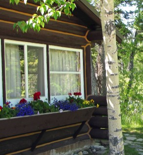 The inviting cabins were built from local wood and stone and many of them are outfitted with furniture hand-made by the Gleasons. Photo by Bebe Crouse