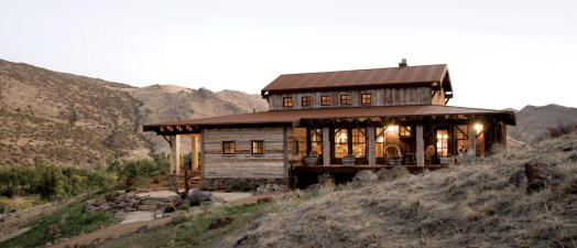 Perched on a high desert hillside, the Childrey residence is made of bits and pieces of history, collected from buildings surrounding their property or sourced from reclaimed lumberyards such as the Rustic Wood Hub in Belgrade, Montana, or Montana Reclaim