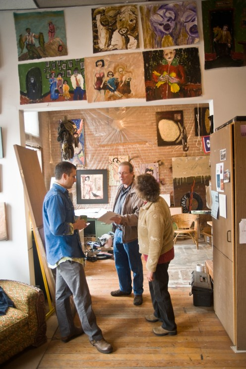 Brad Bunkers visiting with tour-goers in his studio above The Danforth Gallery on Main Street in Livingston.