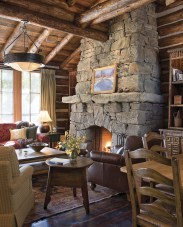 Combining custom-made contemporary furnishings with antiques and original artwork, Haven Design crafted interiors that feel as timeless as the rustic architecture.