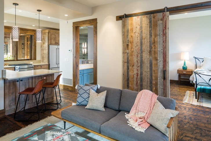 """The 732-square-foot """"casita,"""" complete with a full kitchen, offers private quarters for guests."""