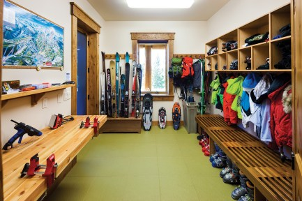 Tune your skis then hit the slopes from the ground-floor ski room.