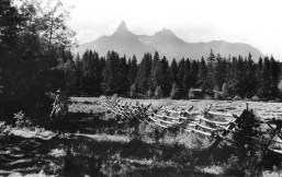 At the remote Nordquist Ranch, Hemingway felt he had discovered a true Western paradise. Photo courtesy of Wyoming State Archives, Department of State Parks and Cultural Resources