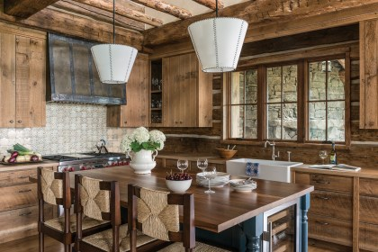 Fedro likes using wood surfaces and islands that can function as serving stations as well as prep stations. Photo courtesy of Laura Fedro Interiors