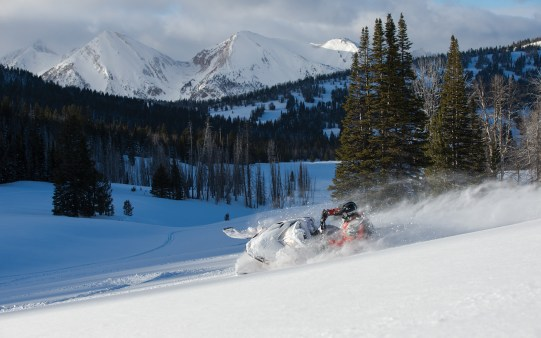 The Big Sky Trail offers excellent groomed and un-groomed trail options as well as plenty of off-piste opportunities.