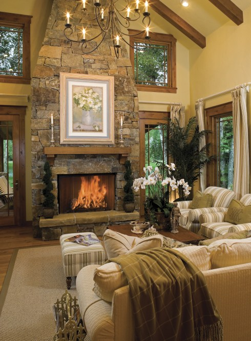 Coupling contemporary design in a mountain setting, lodge homes are open, light and airy.