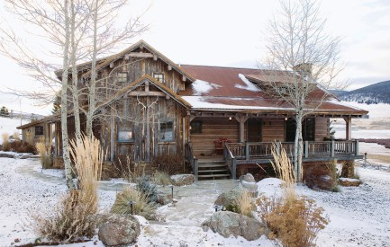 Large wood timbers impart the rustic feel of an old-time cabin.