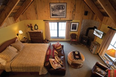 When the couple realized the game room wasn't being fully utilized, they worked with Yellowstone Custom Country Homes to repurpose the space as a guest suite.