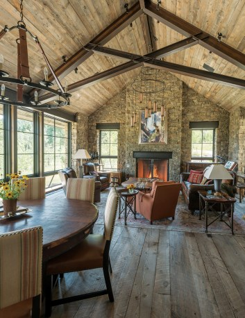 Lane had many of the lighting fixtures custom made, along with a painting of one of the homeowners' favorite places, the Grand Canyon of the Yellowstone, by Gardiner, Montana, wildlife artist Todd Fredericksen.