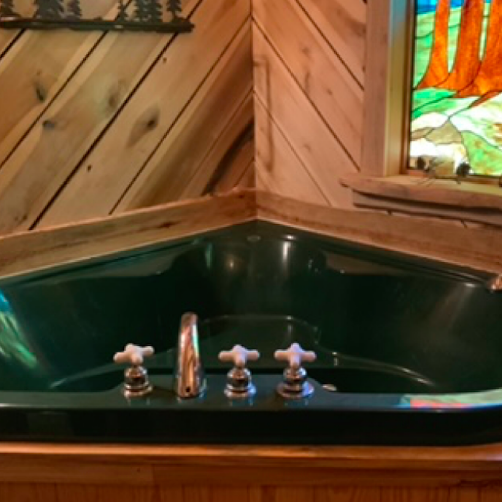 """Green Bath"" jetted tub"