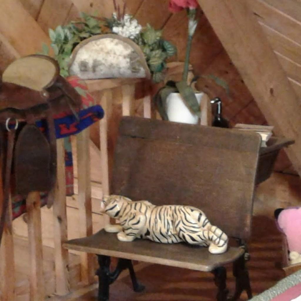 Beautiful Antiques decor Open Loft