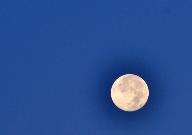 Super Moon Moonset