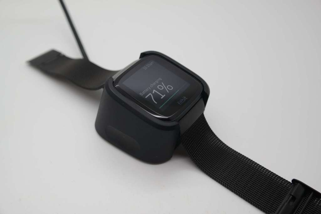 Fitbit Versa charging unit