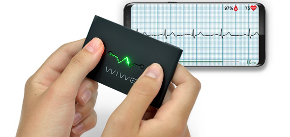 WIWE mobile ECG review vs Apple Watch Series 4