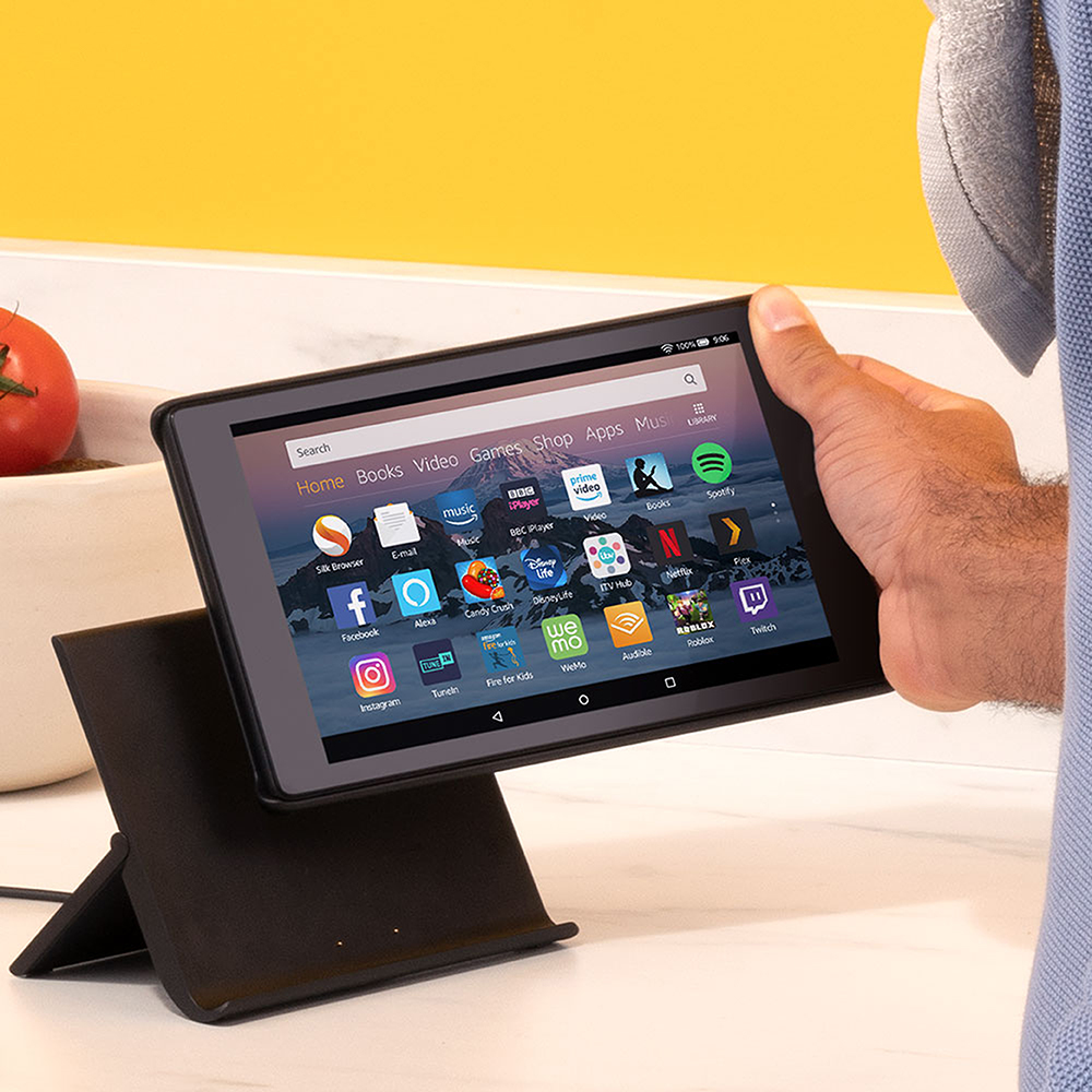 Fire HD tablet with Show Mode Charging Dock